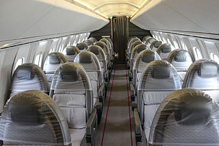 320px-concorde_cabin_interior