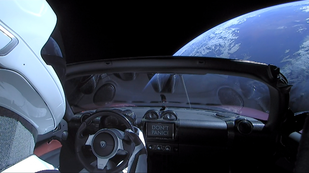 Autóval az űrbe?