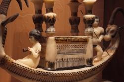 Hemetniszueterneheh és társa Anheszenpaaton bárkáján – saját felvételem